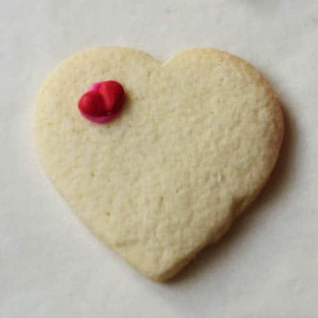 How to Decorate Valentine's Day Sugar Cookies | GlutenFreeBaking.com